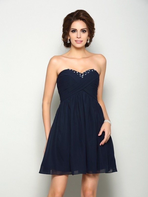 A-Line/Princess Sweetheart Beading Sleeveless Short Chiffon Dresses