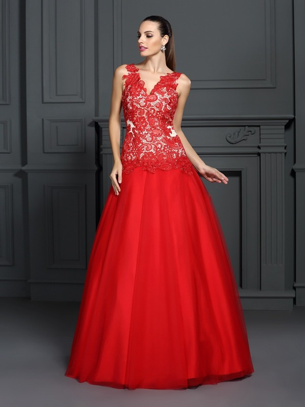 Ball Gown V-neck Lace Sleeveless Long Lace Quinceanera Dresses