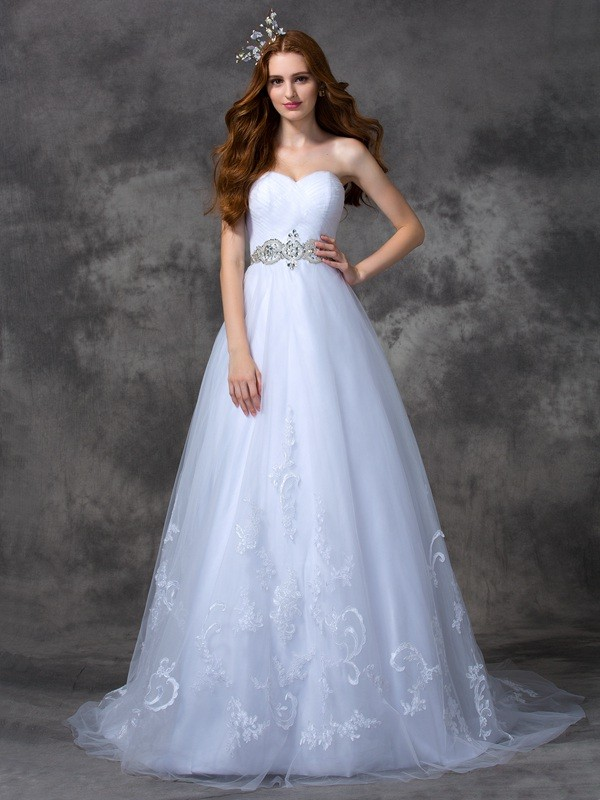 A-line/Princess Sweetheart Beading Sleeveless Long Satin Wedding Dresses