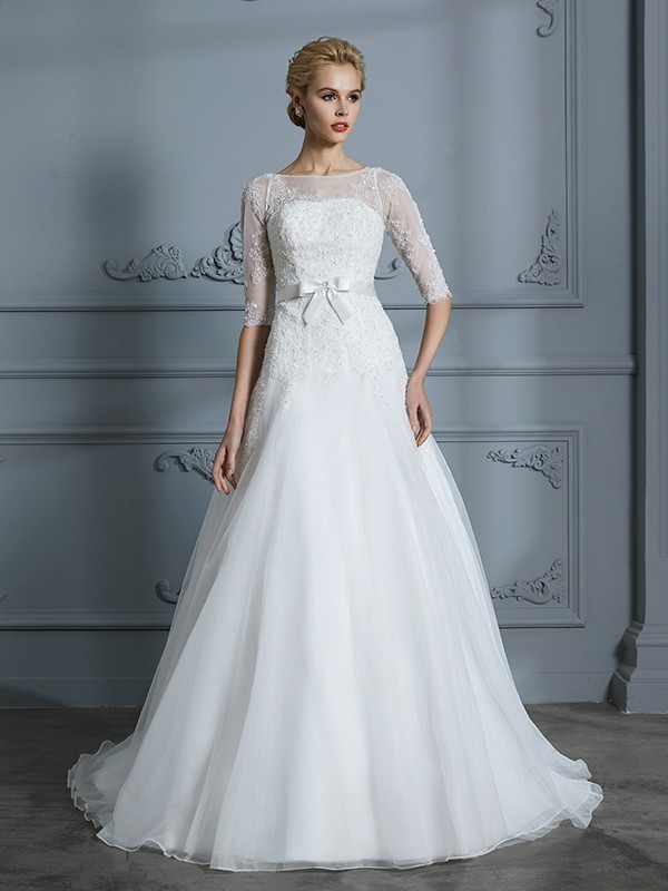 A-Line/Princess 1/2 Sleeves Scoop Lace Court Train Tulle Wedding Dresses