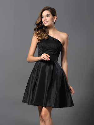 A-Line/Princess One-Shoulder Sleeveless Short Taffeta Bridesmaid Dresses
