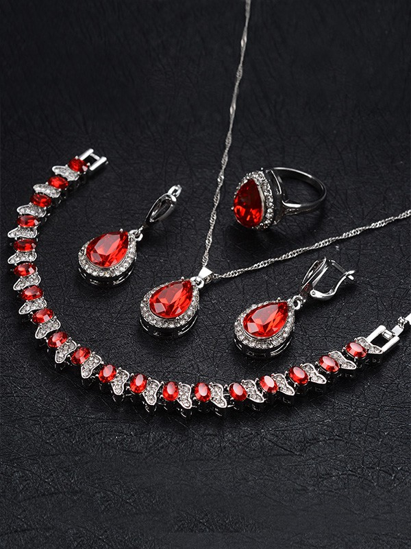 Hot Sale Occident Graceful Alloy With Rhinestone Jewelry Set