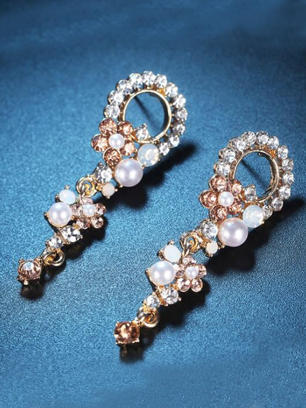 Women's Korean Luxurious Alloy With Rhinestone Earrings