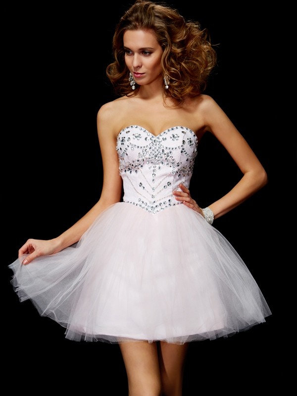 A-Line/Princess Sweetheart Sleeveless Beading Short Organza Dresses