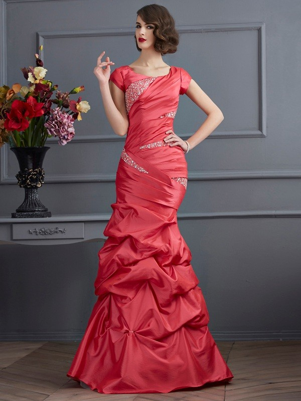 Trumpet/Mermaid Scoop Short Sleeves Beading Long Taffeta Dresses