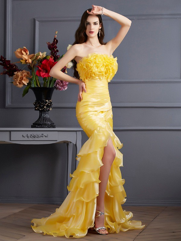Trumpet/Mermaid Strapless Sleeveless Ruffles Long Tulle Dresses