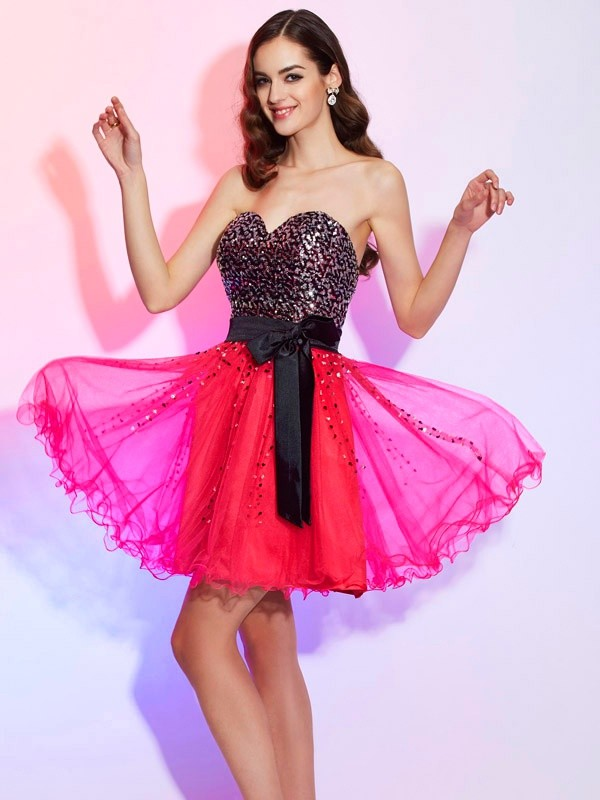 A-Line/Princess Sweetheart Sleeveless Sash/Ribbon/Belt Short Organza Dresses