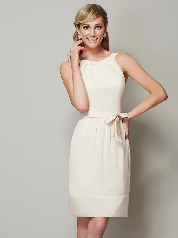 Sheath/Column Scoop Sleeveless Short Chiffon Bridesmaid Dresses