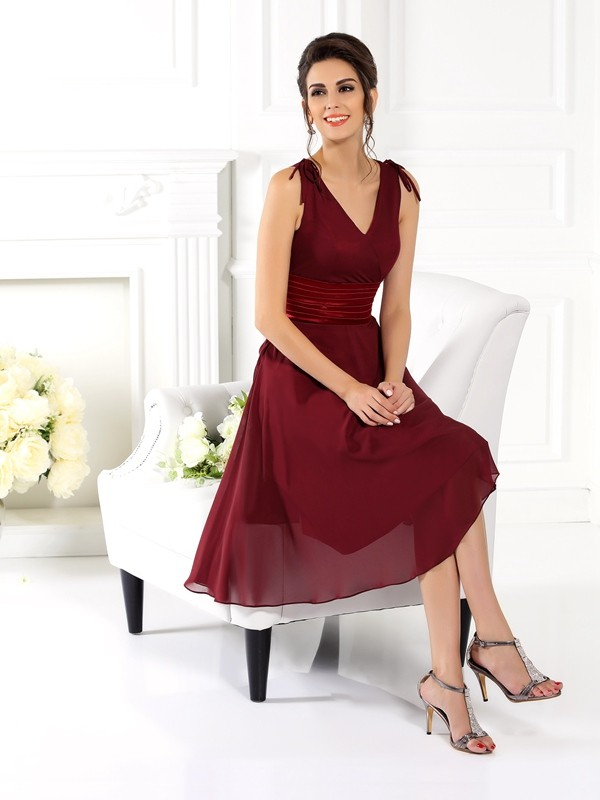 A-Line/Princess V-neck Sleeveless Short Chiffon Bridesmaid Dresses