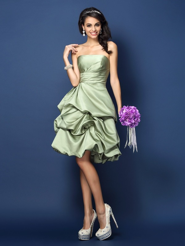 A-Line/Princess Strapless Ruched Sleeveless Short Satin Bridesmaid Dresses