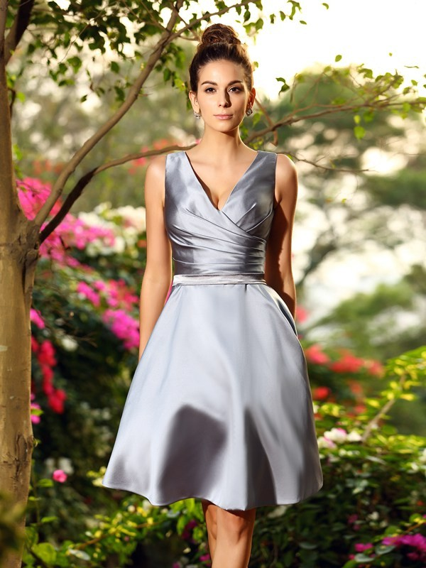 A-Line/Princess V-neck Ruched Sleeveless Short Satin Bridesmaid Dresses