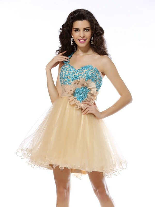 A-Line/Princess One-Shoulder Applique Sleeveless Short Net Cocktail Dresses