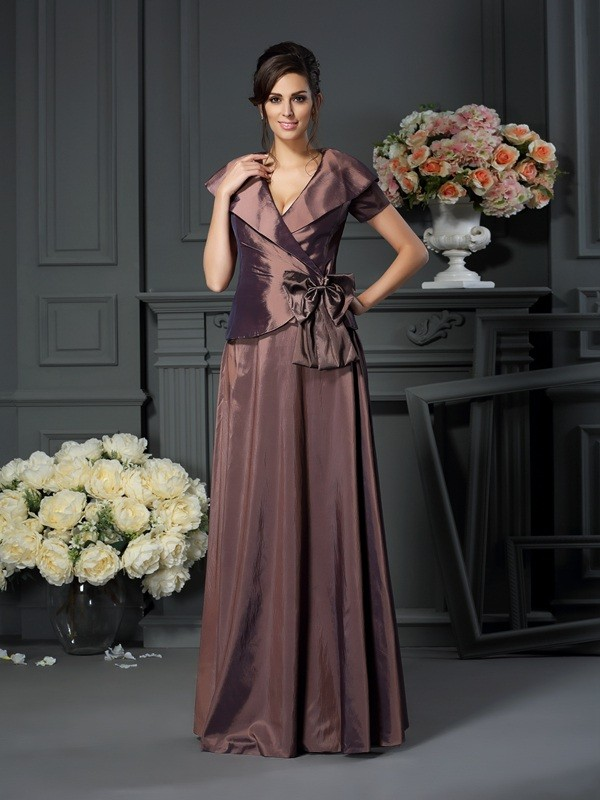 A-Line/Princess V-neck Bowknot Short Sleeves Long Taffeta Mother of the Bride Dresses