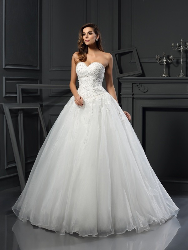 Ball Gown Sweetheart Beading Sleeveless Long Tulle Wedding Dresses