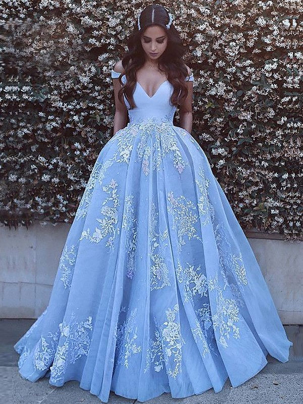 fd62cc036b11 Ball Gown Sleeveless Off-the-Shoulder Applique Tulle Sweep/Brush Train  Dresses ...