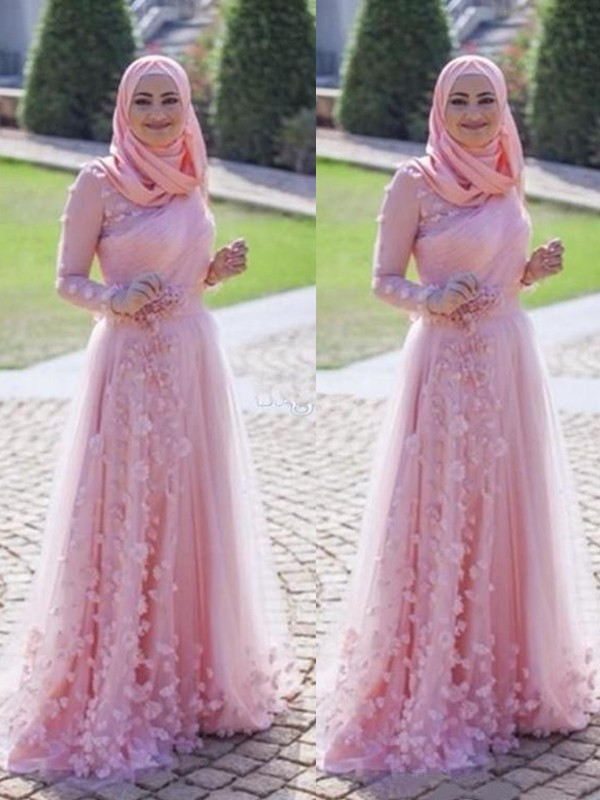 A-Line Long Sleeves Scoop Sweep/Brush Train Applique Tulle Muslim Dresses