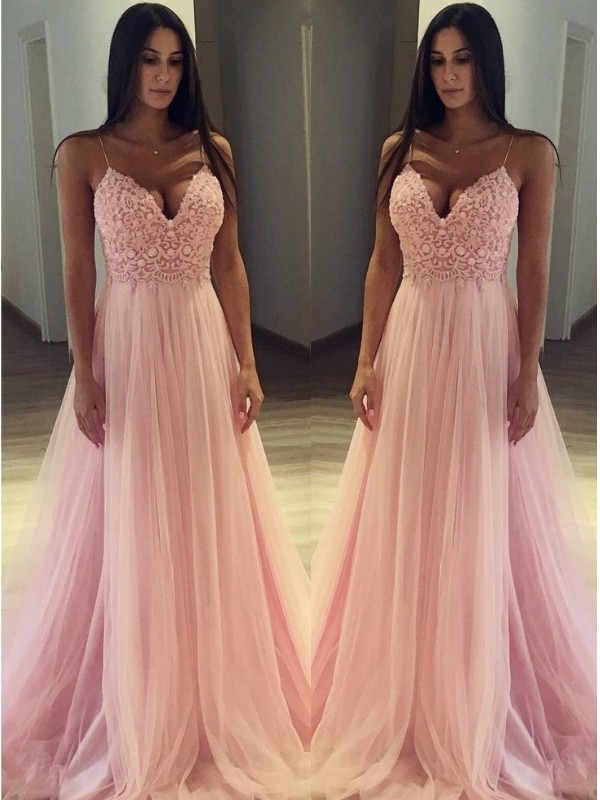 A-Line Sleeveless Spaghetti Straps Sweep/Brush Train Applique Tulle Dresses