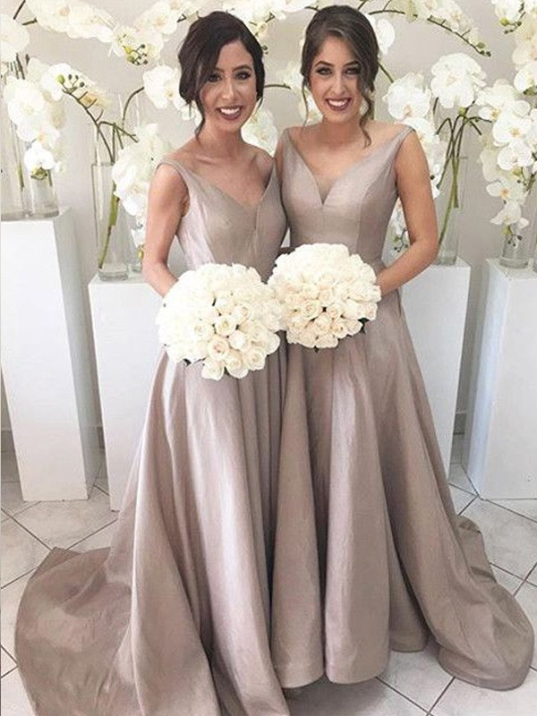 A-Line/Princess V-neck Sleeveless Sweep/Brush Train Taffeta Bridesmaid Dresses