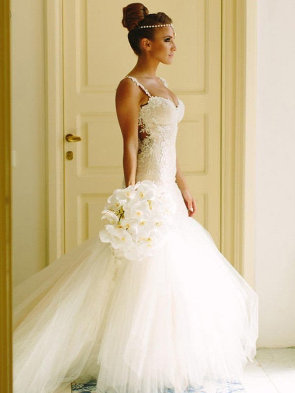 Mermaid Sleeveless Sweetheart Spaghetti Straps Court Train Lace Tulle Wedding Dress