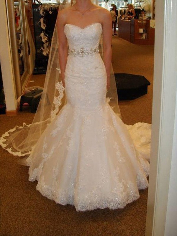 Mermaid Sleeveless Sweetheart Court Train Lace Tulle Wedding Dress