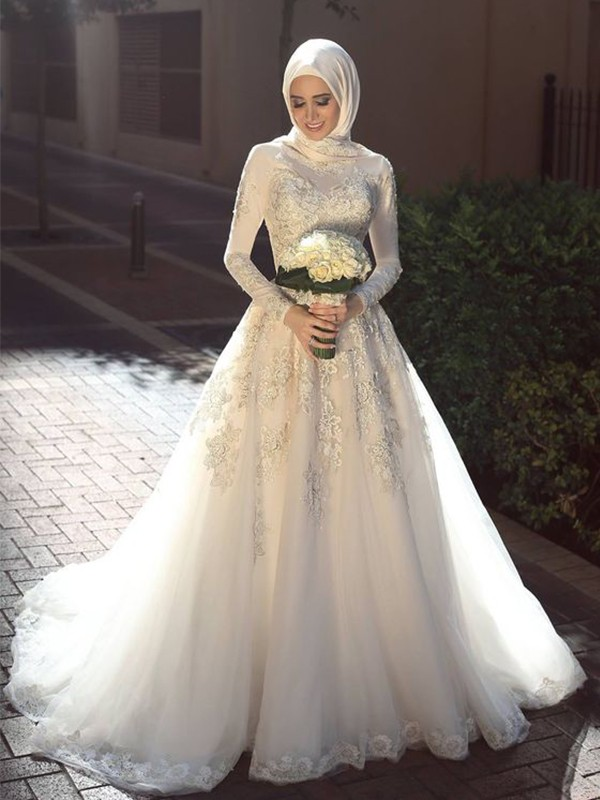 Ball Gown Sweep/Brush Train Long Sleeves Tulle Jewel Applique Muslim Wedding Dresses