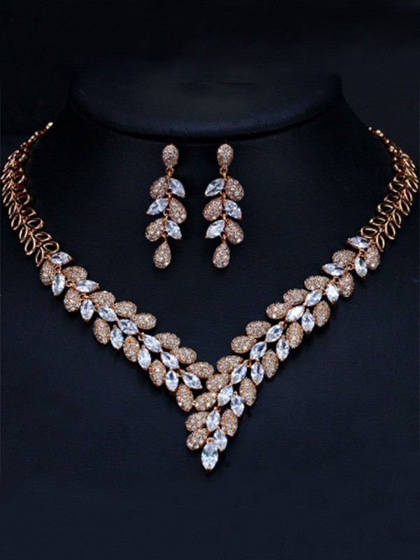 Luxurious Women's Artificial Gem Jewelry Set