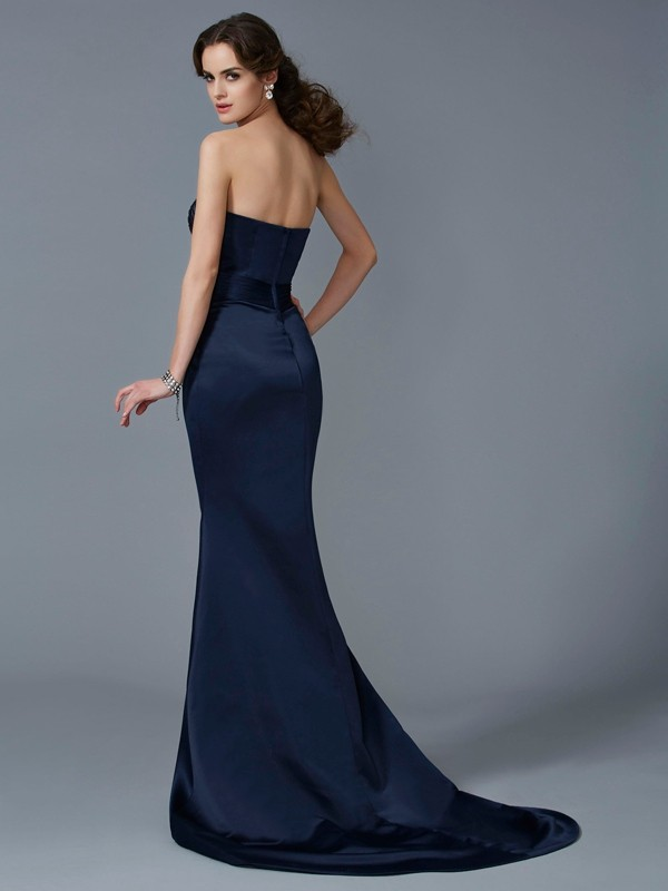 Trumpet/Mermaid Strapless Sleeveless Beading Long Satin Dresses