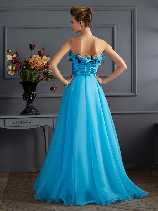 A-Line/Princess Strapless Sleeveless Long Chiffon Dresses