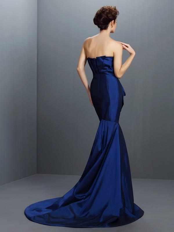 Trumpet/Mermaid Strapless Beading Sleeveless Long Taffeta Dresses