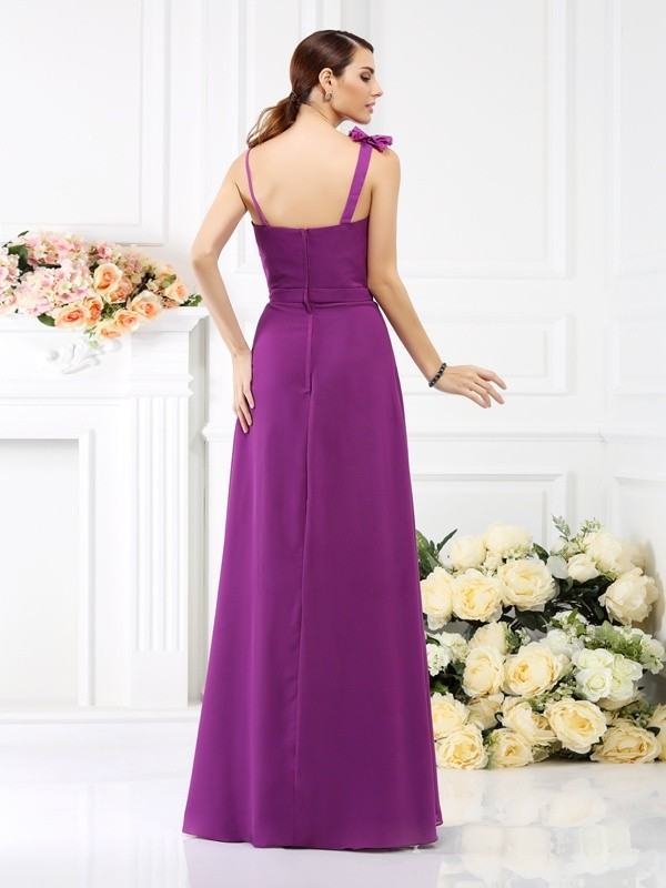 Sheath/Column Spaghetti Straps Hand-Made Flower Sleeveless Long Chiffon Bridesmaid Dresses