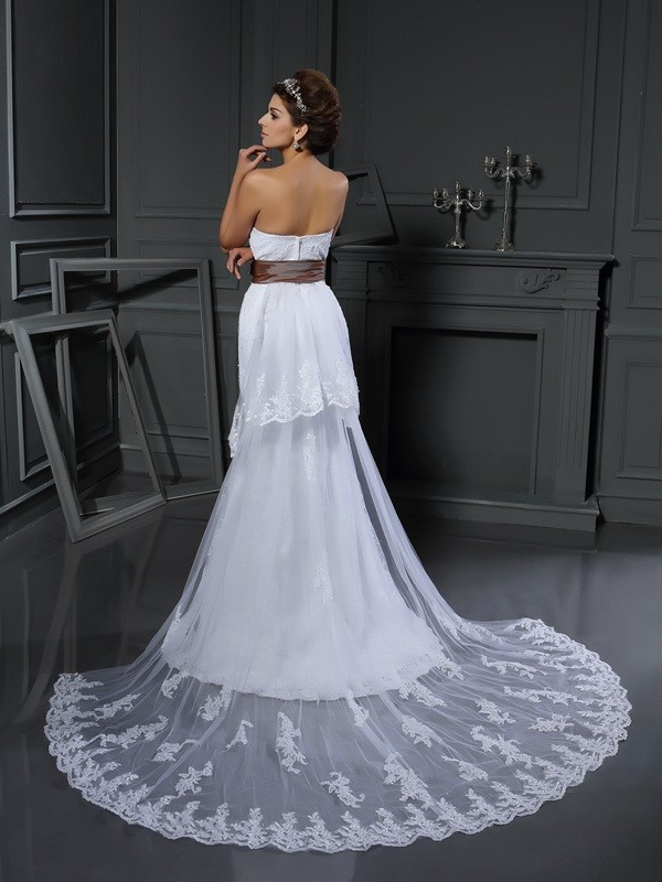 Sheath/Column Sweetheart Applique Sleeveless Long Net Wedding Dresses