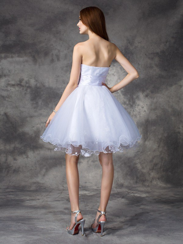 A-line/Princess Sweetheart Ruffles Sleeveless Short Organza Dresses