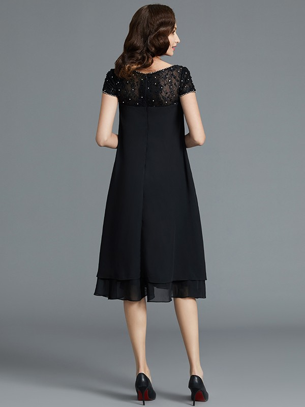 A-Line Sleeveless Scoop Knee-Length Chiffon Mother of the Bride Dresses