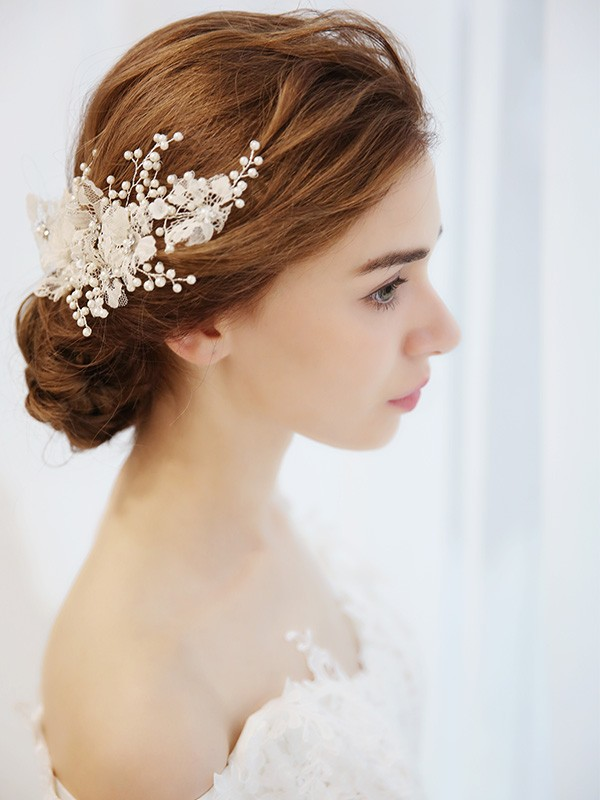 Lovely Imitation pearls Bridal Headpieces