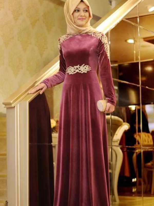 A-Line Long Sleeves Scoop Floor-Length Ruffles Velvet Muslim Dresses