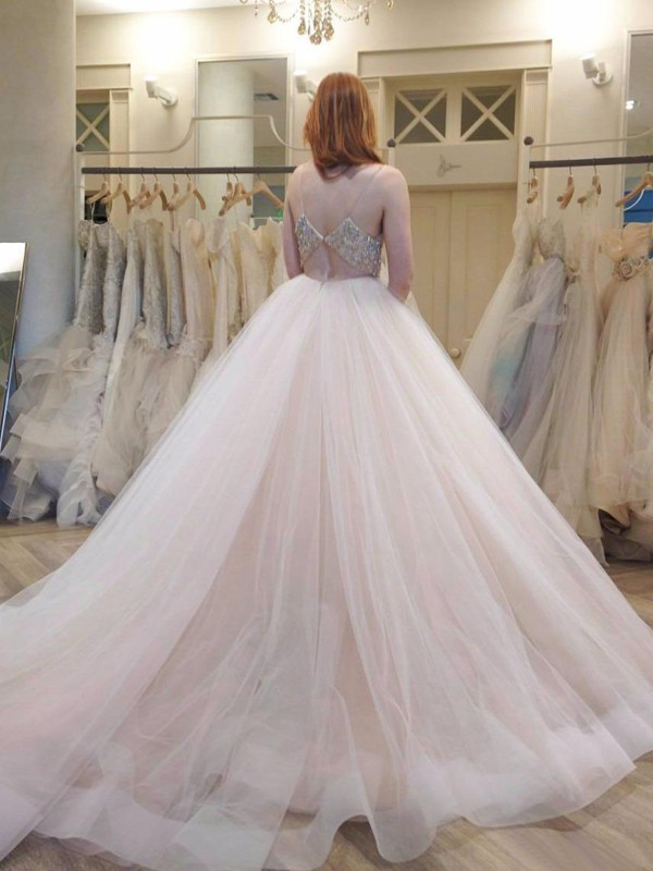 Ball Gown Spaghetti Straps Sleeveless Crystal Court Train Tulle Wedding Dresses