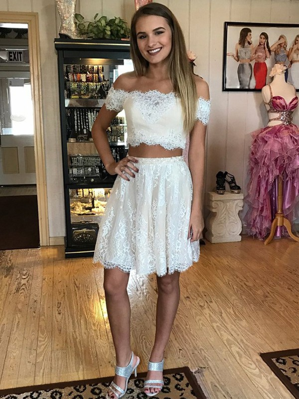 A-Line/Princess Off-the-Shoulder Sleeveless Short/Mini Lace Two Piece Dresses