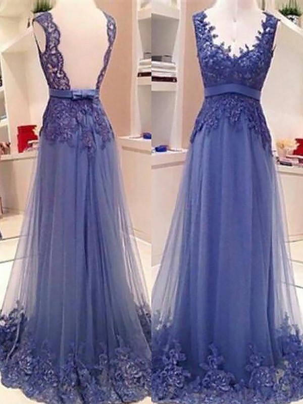 A-Line Sleeveless V-neck Tulle Applique Floor-Length Dresses